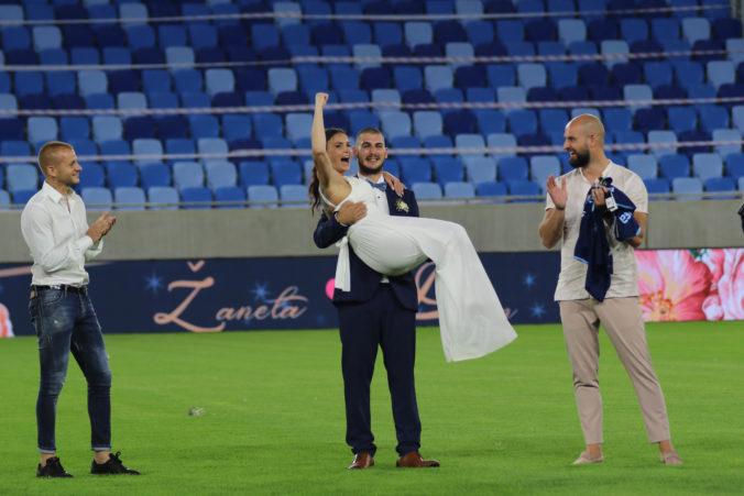 Na Národnom futbalovom štadióne sa uskutočnila historicky prvá svadobná veselica (video+foto)
