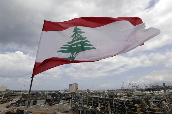 Po výbuchu v Bejrúte padajú prvé hlavy politikov, ministerka informácií sa vzdala svojej funkcie