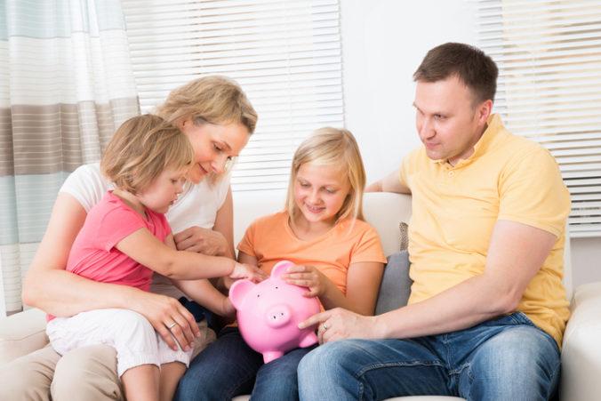 Podiel prídavku na dieťa vo vzťahu k priemernej mzde podľa Rady pre rozpočtovú zodpovednosť klesá