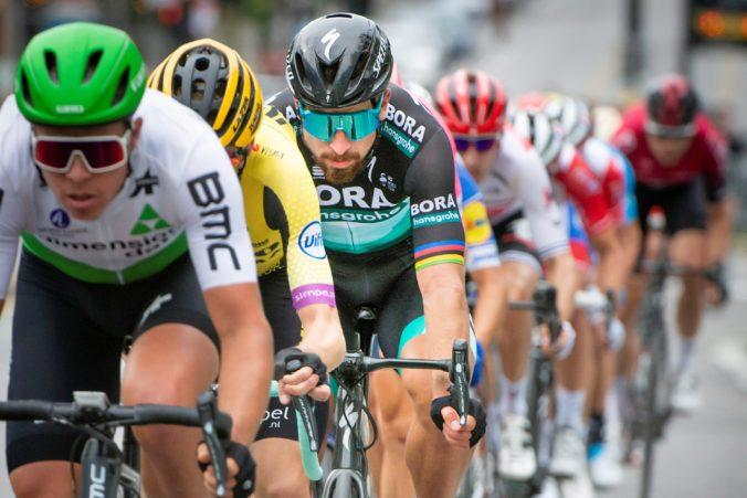 Saganov tím prišiel na 4. etape Critérium du Dauphiné o dvoch jazdcov, odstúpil aj Bernal a Kruijswijk padol (video)