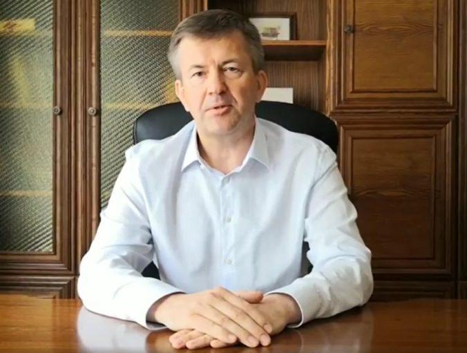 Bieloruský veľvyslanec ukázal nebývalú statočnosť, vykríkol pravdu o režime Lukašenkovej vlády (video)