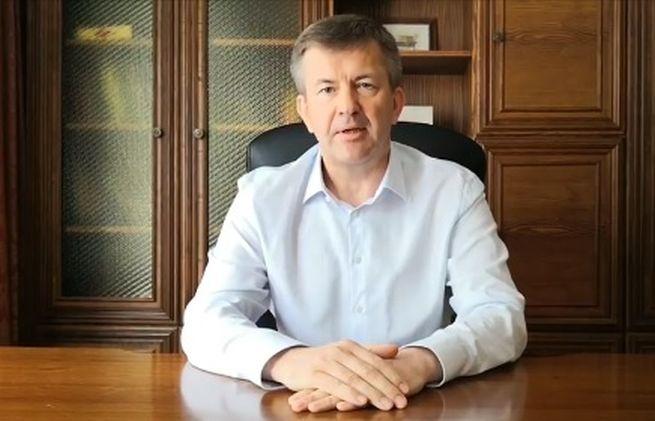 Bieloruský veľvyslanec na Slovensku, ktorý podporil demonštrantov, odstupuje z funkcie
