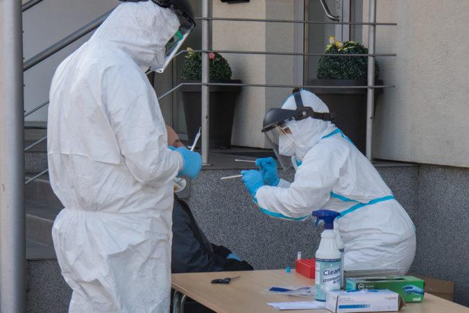 Zamestnankyni trnavského župného úradu zistili COVID-19, jej kolegovia sú v karanténe