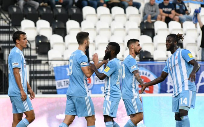 ŠK Slovan Bratislava mohol nastúpiť proti KÍ Klaksvík, opakované testy na COVID-19 boli negatívne