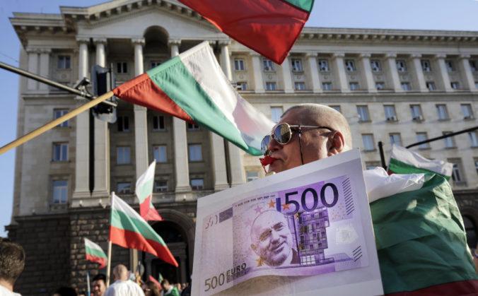 V Bulharsku odstúpil ďalší minister, vláda čelí vlne protestov