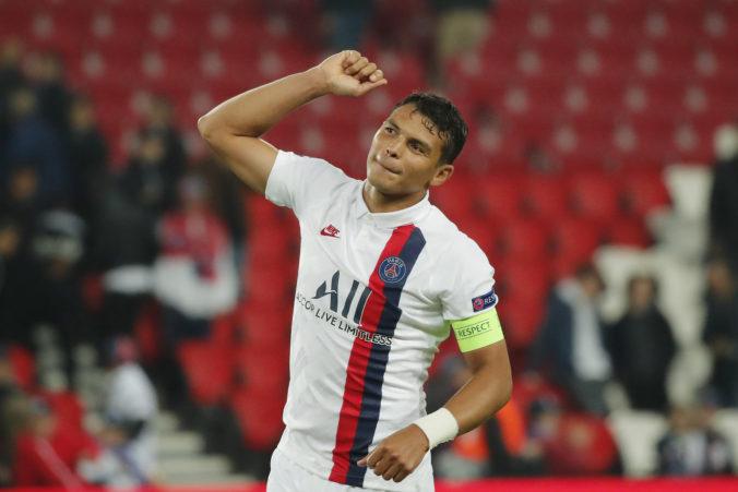 Chelsea spevňuje svoje zadné rady, na ostrovy mieri z Paríža rešpektovaný Thiago Silva