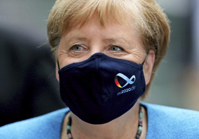S vírusom budeme musieť žiť, Merkelová vystríha ľudí pred ťažkými mesiacmi na obzore