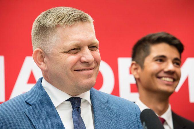 Krajniak okradol dôchodcov o stovky eur, tvrdí Fico a žiada aj hlavu Hegera pre kauzu s Miškovičom