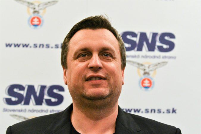 Bude Andrej Danko kandidovať na predsedu strany SNS? Krok Antona Hrnka ho prekvapil