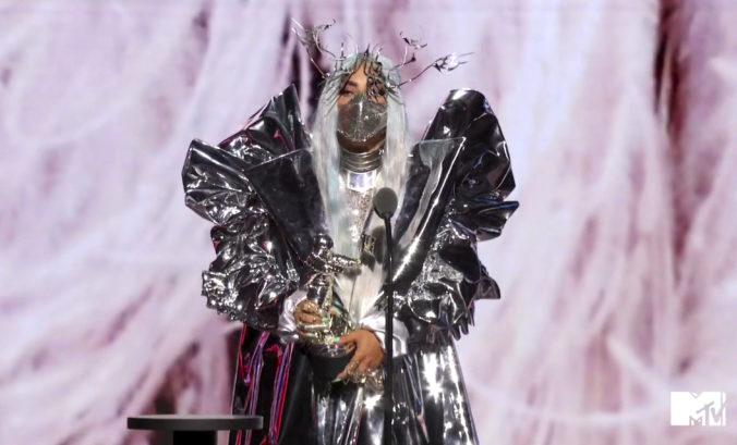 Lady Gaga ovládla MTV Video Music Awards, americká speváčka získala päť cien