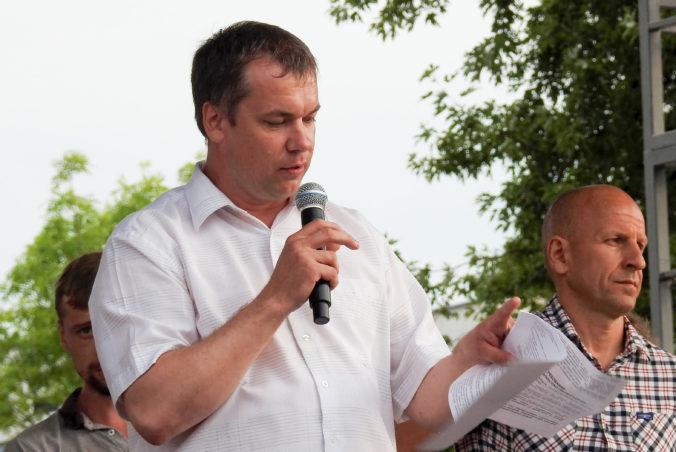 V Bielorusku zadržali ďalšieho lídra štrajkov a opozičnú aktivistku, kňaza nevpustili do krajiny
