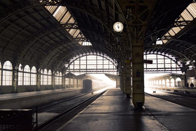 Vlaky do/z Maďarska budú premávať naďalej