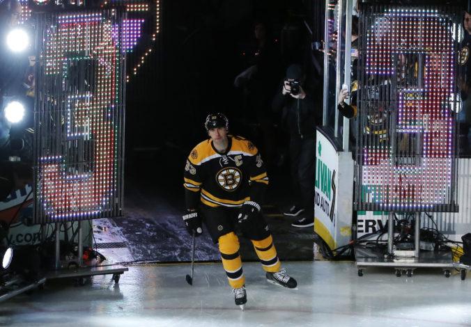 V Bostone po vyradení z play-off NHL viacero otáznikov, najväčším z nich je budúcnosť Zdena Cháru