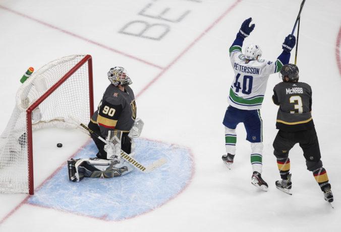 Hráčom z Vegas ani NY Islanders sa nedarilo, postup do konferenčného finále NHL im stále uniká (video)