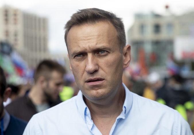 Ruský opozičný aktivista Alexej Navaľnyj mal v tele novičok, odhalili testy v Nemecku