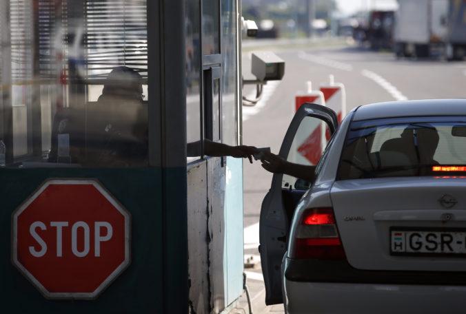 Zatvorenie hraníc pre cudzincov hraničí s diskrimináciou, Európska únia varovala Maďarsko
