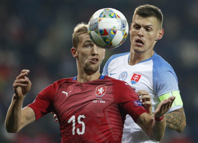 Čechom budú na zápase proti Slovensku chýbať až štyria hráči, musia byť v karanténe