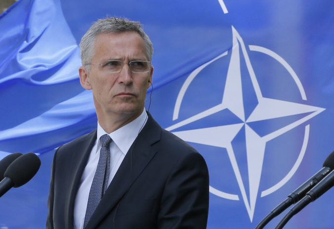 Šéf NATO so znepokojením reaguje na otravu Navaľného, Rusko musí zodpovedať vážne otázky