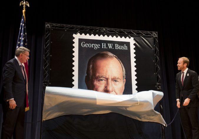 V Budapešti odhalia sochu amerického prezidenta Georgea H.W. Busha
