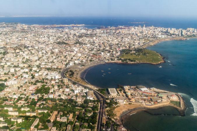Dakar zasiahla prietrž mračien, v hlavnom meste Senegalu napršalo toľko ako za celý rok