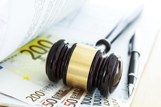 V kauze Salmanovcov mal byť porušený zákon v prospech obžalovaných, prípad opäť otvoria