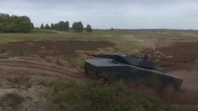 Maďarská armáda dostane viac ako dvesto bojových vozidiel, nákupom si tak splní záväzky voči NATO