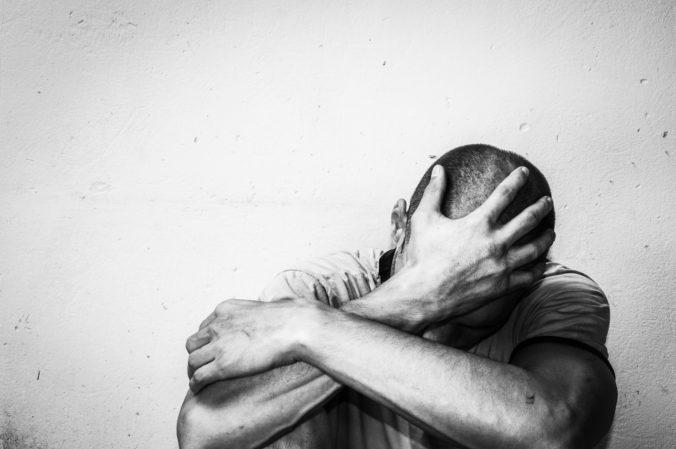 Počet samovrážd na Slovensku v uplynulých rokoch klesá, najdôležitejšia je prevencia