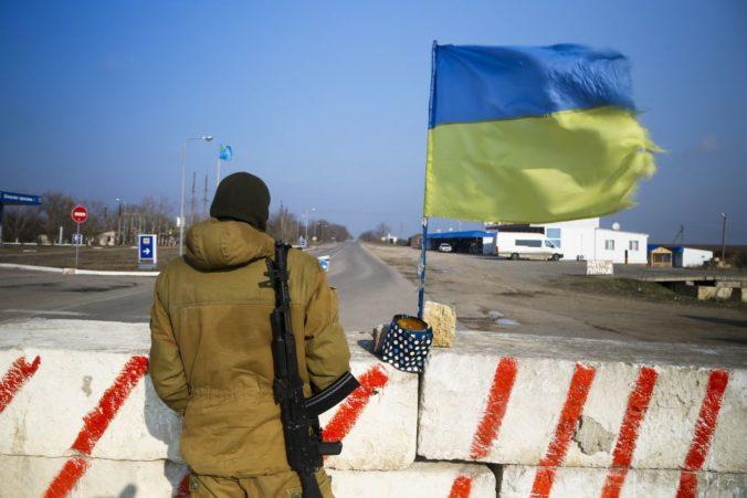 Únia predĺžila sankcie v súvislosti s narúšaním zvrchovanosti a nezávislosti Ukrajiny