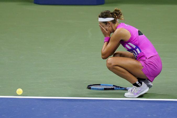 Serena si vo finále US Open nezahrá, o titul sa pobijú Osaková a Azarenková (video)