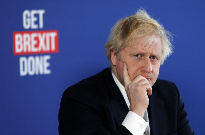 Kontroverzný zákon má Únii zabrániť v rozbití Británie, tvrdí premiér Boris Johnson