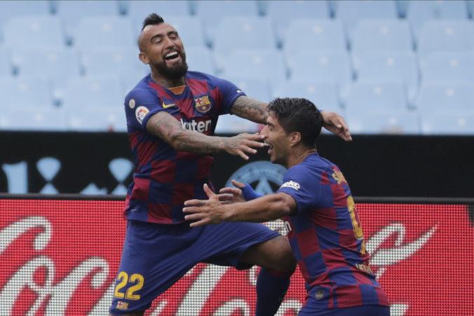Suárez a Vidal už v Barcelone zrejme skončia, Koeman ich vynechal v prípravnom zápase