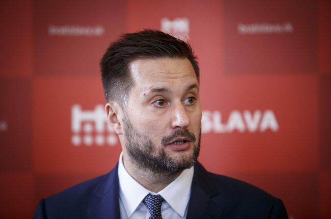 Vallo tvrdí, že protipandemické opatrenia majú na obyvateľov Bratislavy vážny dopad