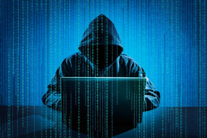 Americké ministerstvo spravodlivosti obvinilo piatich Číňanov za hackerské útoky, tí sú na úteku
