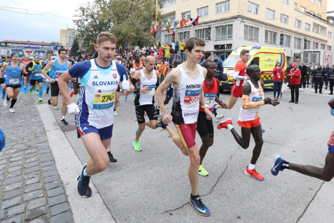 Medzinárodný maratón mieru sa uskutoční s okresaným programom, obmedzený bude aj počet bežcov