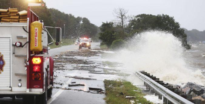 Hurikán Sally spôsobil na Floride a v Alabame katastrofické záplavy, státisíce ľudí sú bez elektriny (video)