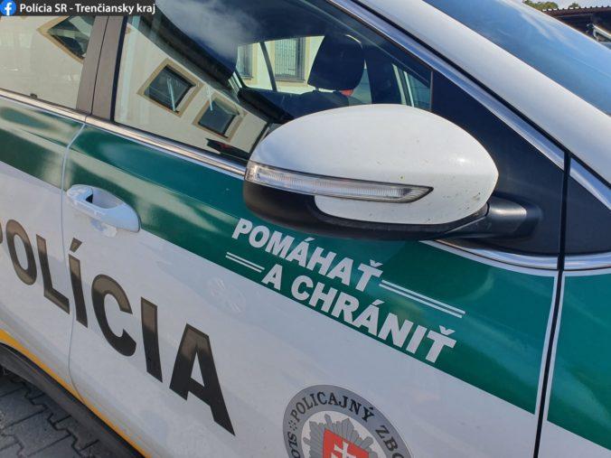 Opitá žena napadla na ulici dôchodcu, násilím ho zvalila na zem a obrala o takmer 200 eur