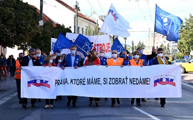 Konfederácia odborových zväzov pokračovala vo svojich protestoch, pochod sa konal v Prešove