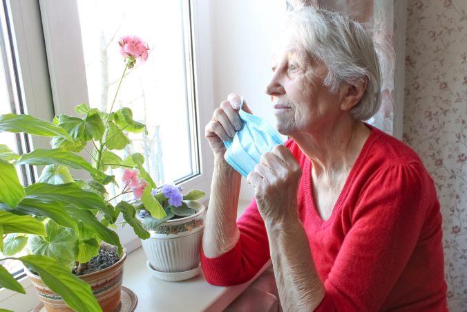 Zákaz návštev v domovoch pre seniorov a meranie teploty, mesto Prešov sprísnilo opatrenia