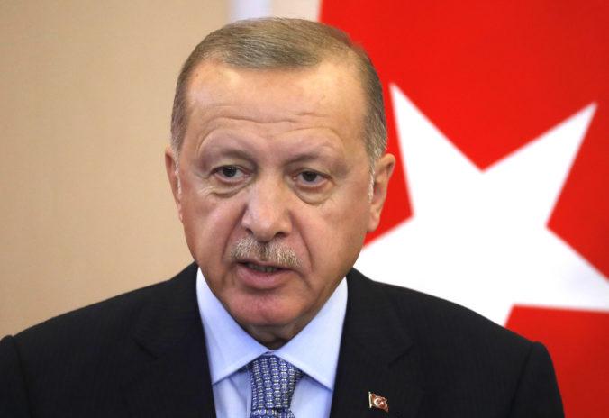 """Grécky denník urážal Erdogana, """"jablkom sváru"""" je východná časť Stredozemného mora"""