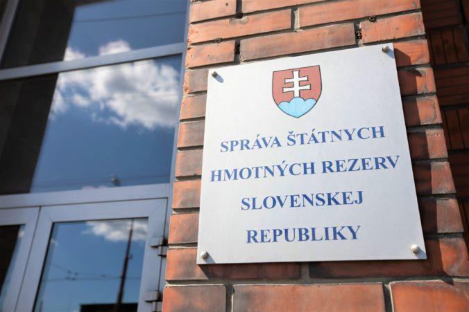 Šubová kritizuje spôsob riadenia štátnych hmotných rezerv Rudolfom, z postu chcela odísť sama