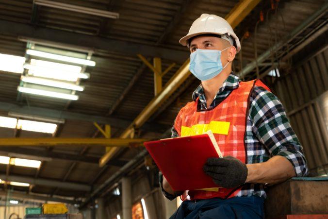 Slovenskí podnikatelia v priemysle sa môžu dostať do nevýhody, dôvodom je opatrenie hygienikov
