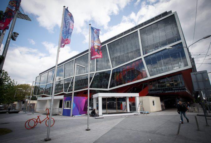 Bratislava pri rekonštrukcii Zimného štadióna Ondreja Nepelu konala v rozpore so zákonom