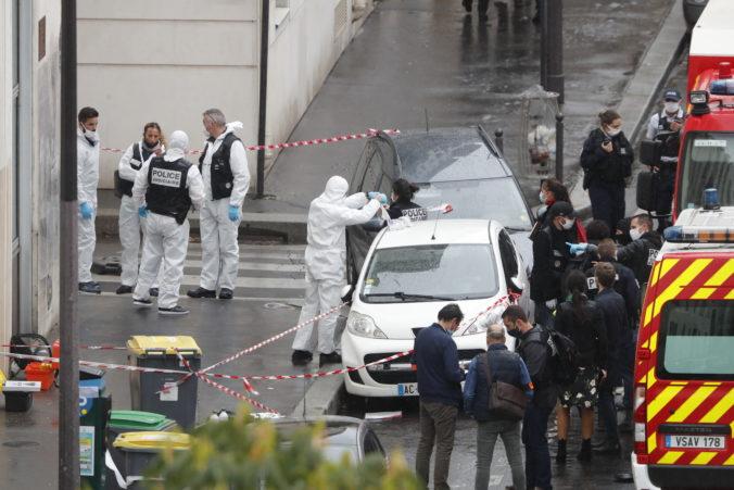 Mladík podozrivý z piatkového útoku v blízkosti Charlie Hebdo sa k činu priznal