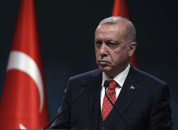 Arménsko má ukončiť okupáciu Náhorného Karabachu, vyzýva turecký prezident Erdogan