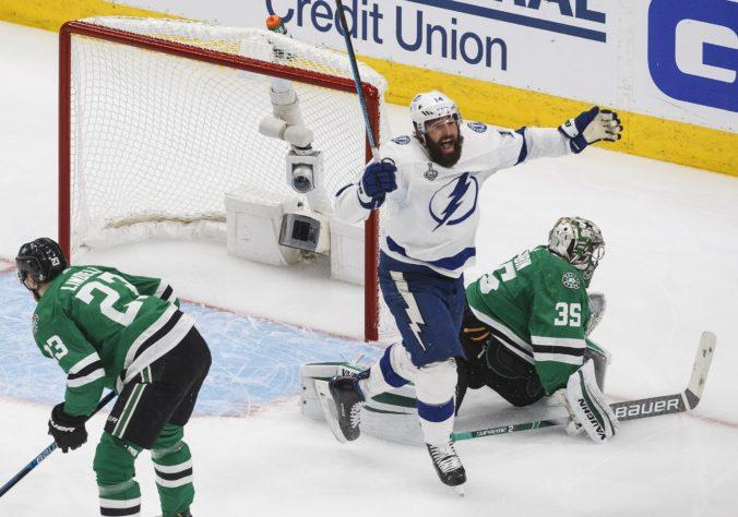 Černákov spoluhráč získal druhý Stanleyho pohár za dva roky, je raritou v expanzívnej ére NHL
