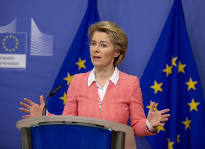 Brusel podnikol právne kroky voči Británii, môže za to návrh zákona porušujúci dohodu o brexite