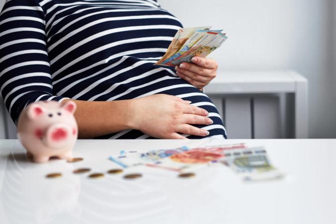 Novelu zákona na zavedenie tehotenskej dávky a tehotenského štipendia predložia do parlamentu poslanci OĽaNO
