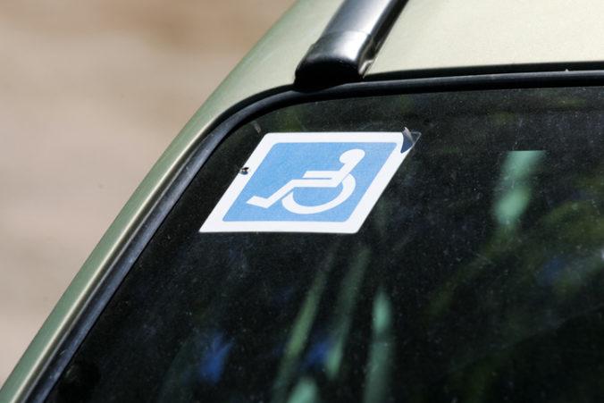 Osoby s ŤZP by mohli dostávať príspevok na kúpu aj úpravu auta naraz, navrhuje Jana Žitňanská