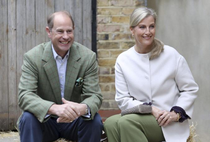 Manželka britského princa Edwarda mala pozitívny test na koronavírus, je v domácej izolácii