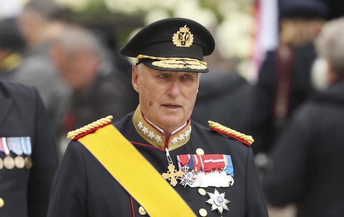 Nórsky kráľ Harald V. podstúpil úspešnú operáciu srdca, jeho povinnosti prevzal korunný princ
